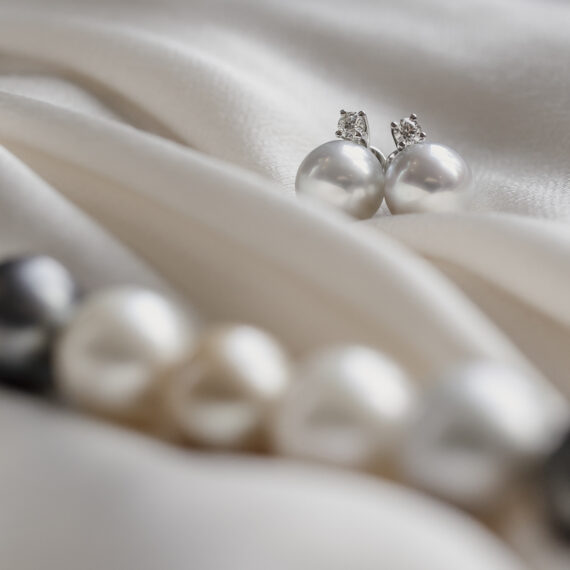 Pareloorknoppen met solitair diamant