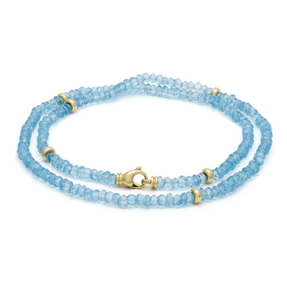 Bergkristal collier, blauw, geelgoud